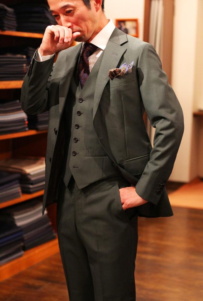 グリーン スーツ オーダー 3ピーススーツ ベスト付 おしゃれ