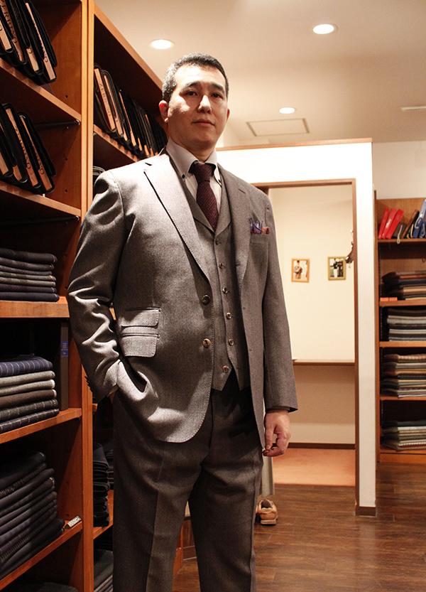 mr-n-suit