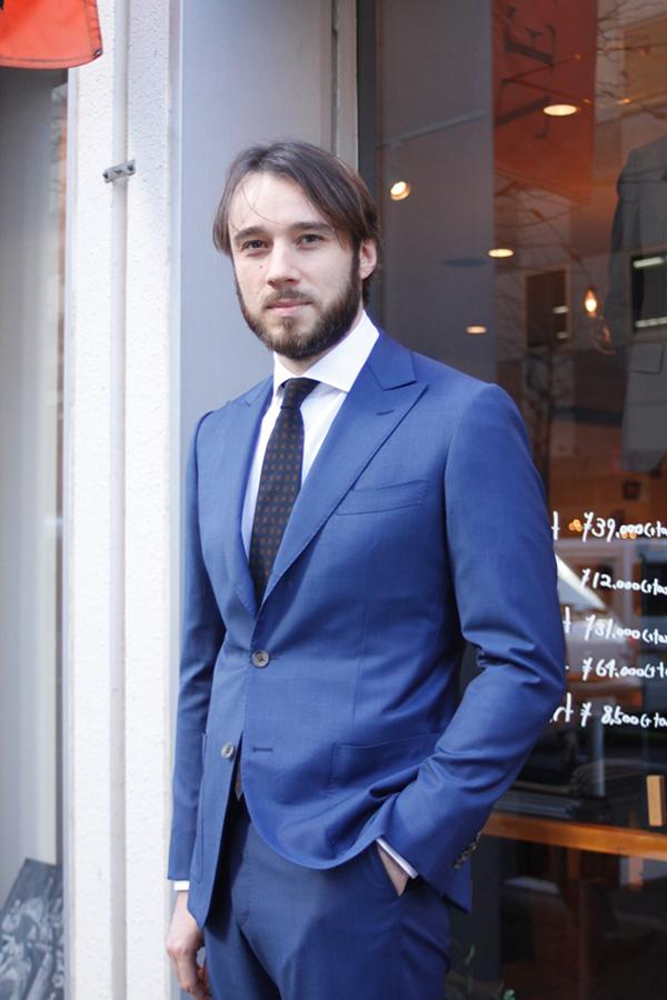 カノニコ ブルースーツ