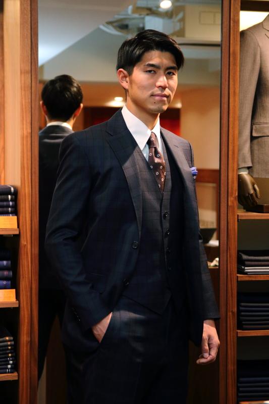 タリア・デルフィノ 成人式用スーツ