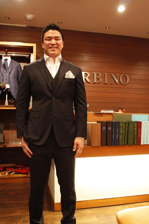 REDA 3ピーススーツ