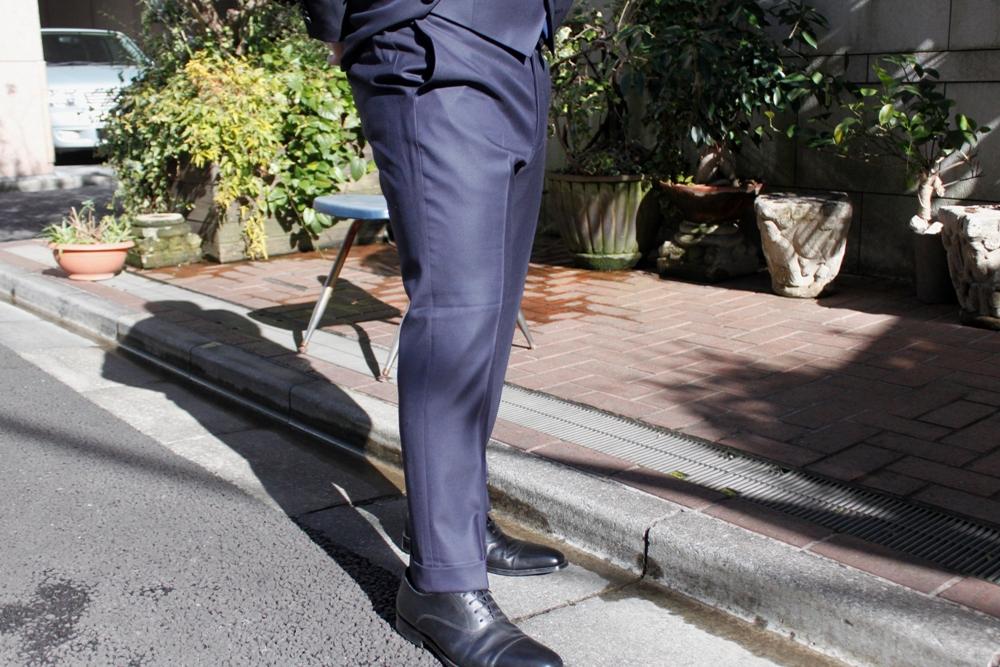 テーパード スーツ