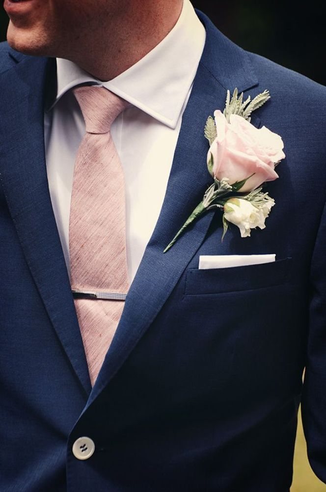 ブートニエール結婚式