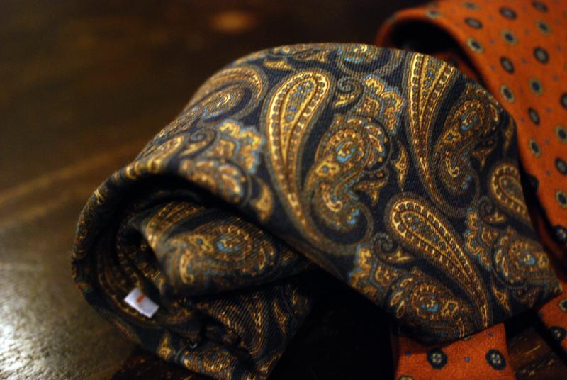 オーダースーツ スーツ オーダー オーダーシャツ スーツ 東京 ゼルビーノ スーツ ゼルビーノ ZERBINO 新宿 虎ノ門 銀座 靴 オーダーシューズ 新シーズン 秋冬イタリア インポート ネクタイ 新作 tie