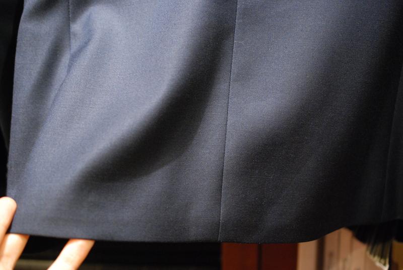 ネイビー スーツ ノーベント