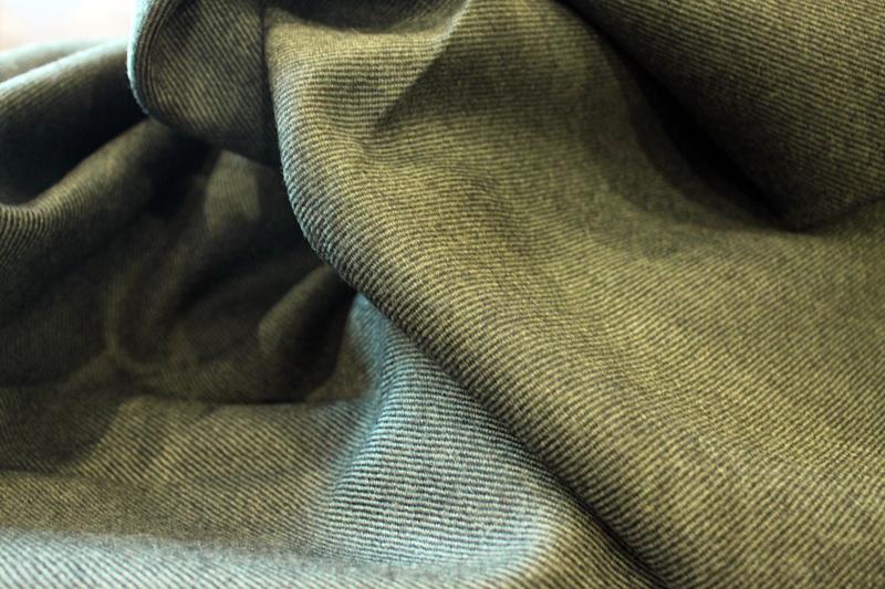 ZERBINO ゼルビーノ オーダー オーダースーツ オーダージャケット オーダーシャツ オーダーシューズ オーダーコート国産 インポート ネクタイ チーフ 宮城興業 ペルフェット 生地 新宿 虎ノ門 銀座 カッコいい 伊達 水牛釦 貝釦 ナット釦 グリーン ツイル