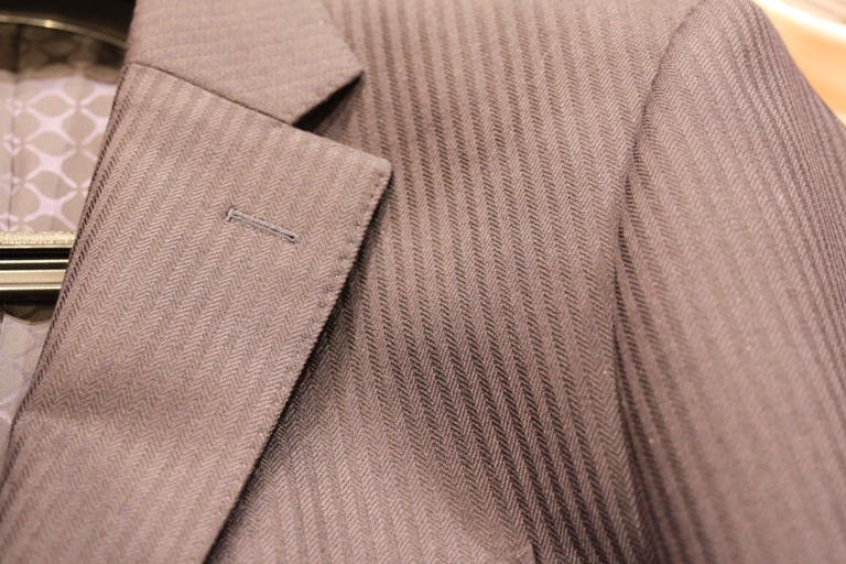 Mr.M suit