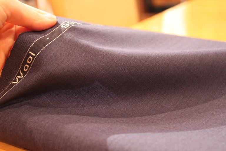 スーツ生地 ブルー