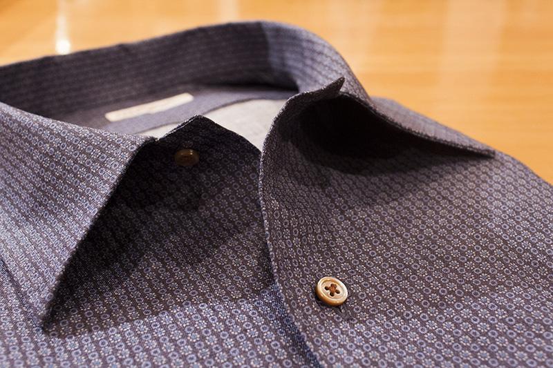 貝ボタン プリント シャツ クラシック ブルー リネン 麻 開襟 オープンカラー テーラーカラー