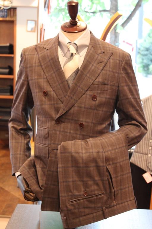 スーツ ナット釦