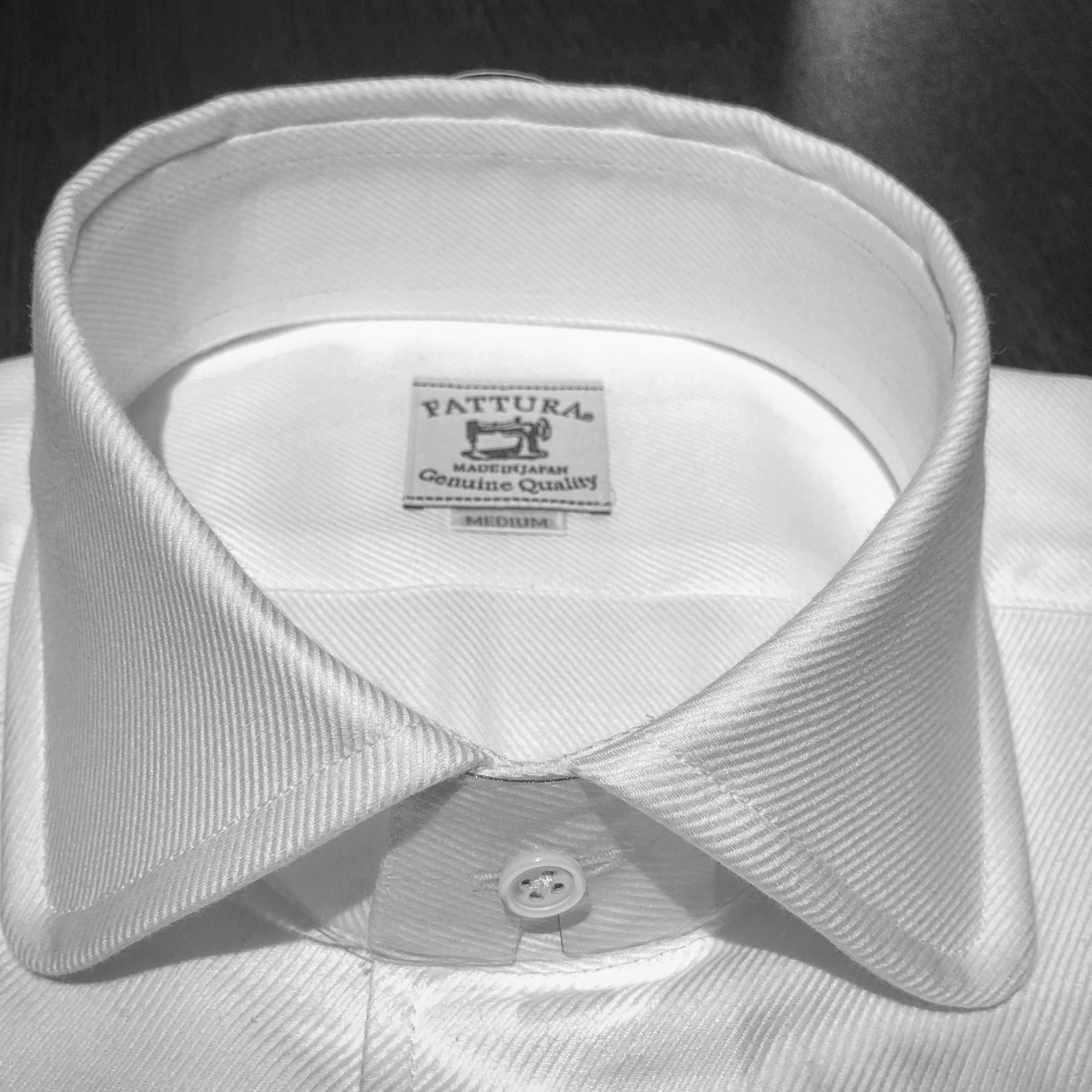 既製シャツ