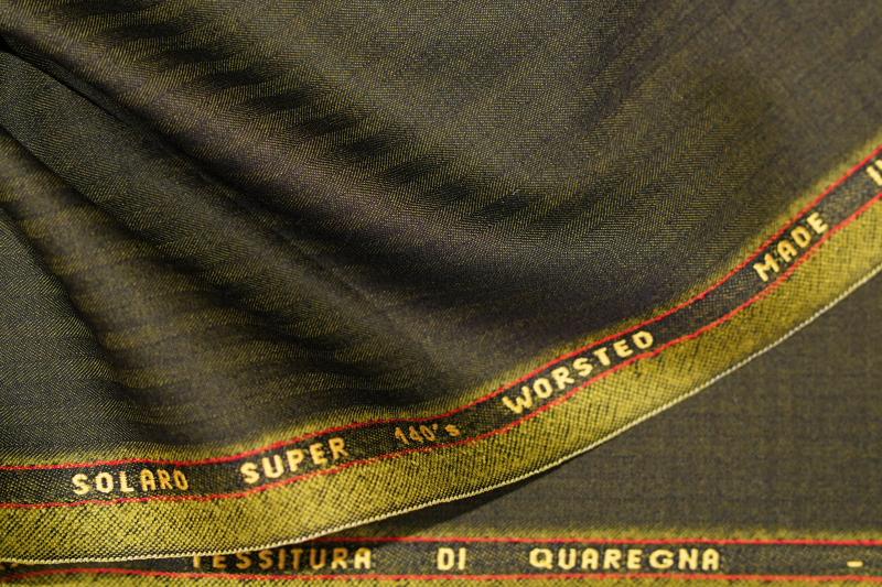 クアレーニャソラーロ Super140's オーダースーツZERBINO銀座店