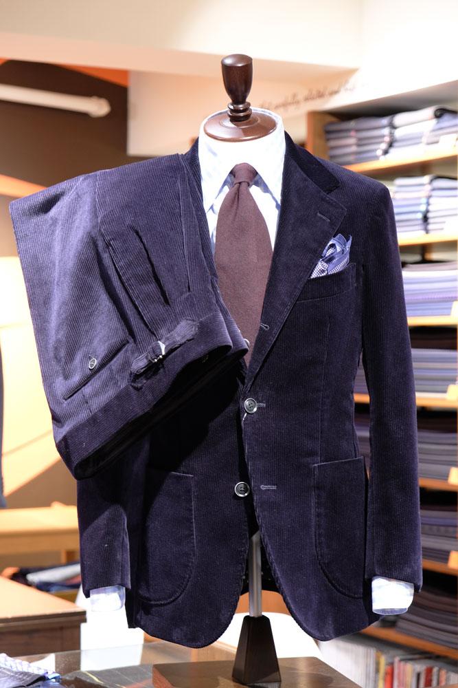 ブリスベンモス スーツ