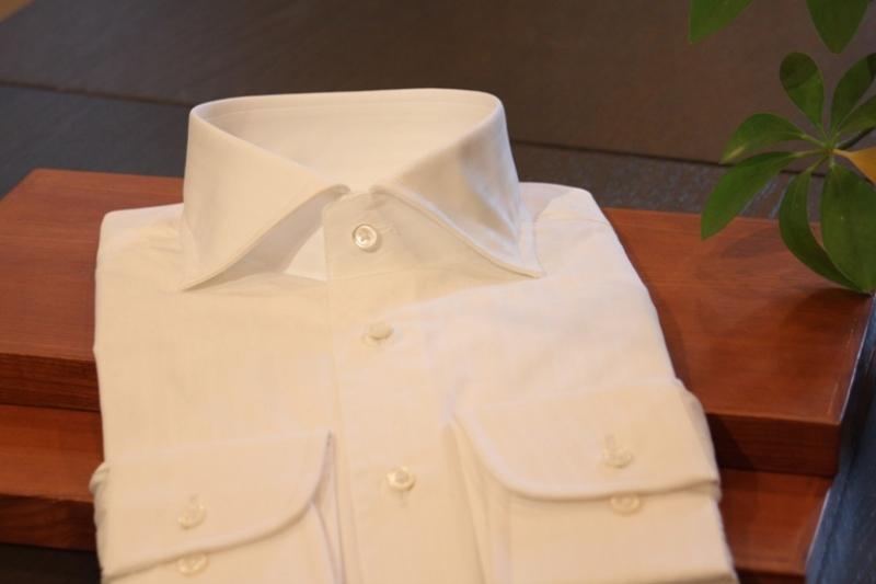 既製ワイシャツ