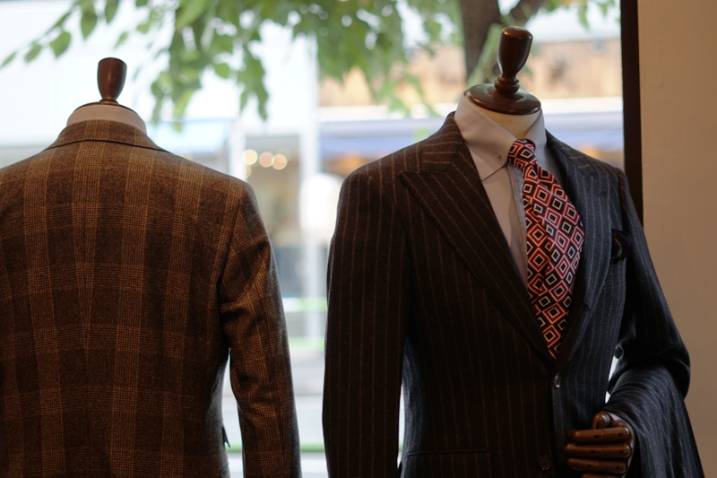秋冬スーツ